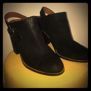 Lucky Brand Black Leather Strap Healed Booties